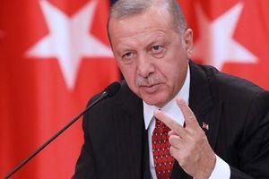 Thổ Nhĩ Kỳ cảnh báo có thể 'mở cửa' cho người tị nạn Syria đến châu Âu