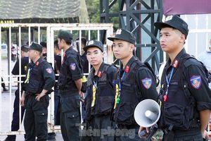 Cảnh sát thắt chặt an ninh tại sân Mỹ Đình trước giờ bóng lăn