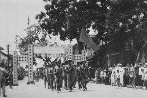 Người Hà Nội tràn đầy cảm xúc với những ký ức tháng 10 lịch sử