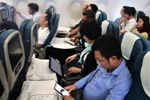 Trải nghiệm chuyến bay có WiFi lần đầu tiên tại Việt Nam