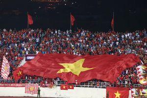 Việt Nam 1-0 Malaysia: Quang Hải ghi bàn tuyệt đẹp