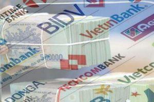 Tiền gửi dân cư vào hệ thống ngân hàng sụt giảm