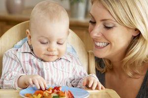 10 thực phẩm nên tránh cho trẻ dưới 1 tuổi
