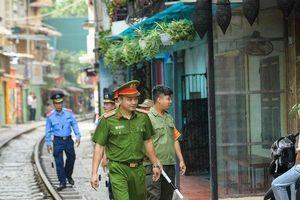 Hà Nội chính thức ra quân 'khai tử' cà phê đường tàu