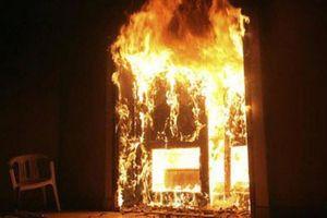 Đốt nhà bạn nhậu bất thành, quay sang đốt nhà chủ quán nhậu