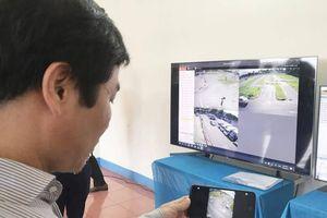 Cơ sở đào tạo lái xe phải lắp thiết bị giám sát học viên
