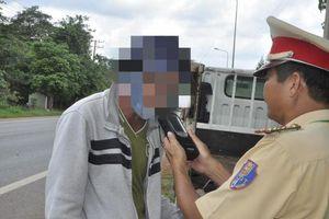 Phát hiện nhiều tài xế sử dụng ma túy, bia rượu khi lái xe