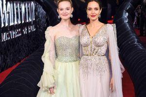 'Thần tiên tỷ tỷ' Hollywood cùng Angelina Jolie đẹp bất chấp ảnh photoshop hay ảnh thật