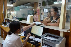 Thanh toán viện phí qua thẻ ATM: Tưởng thuận lợi nhưng hóa ra 'hành xác'