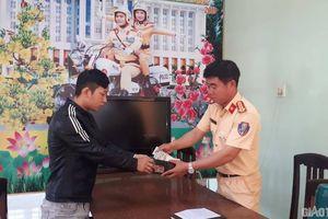 Nam thanh niên đánh rơi ví tiền viết thư cảm ơn CSGT Bình Định