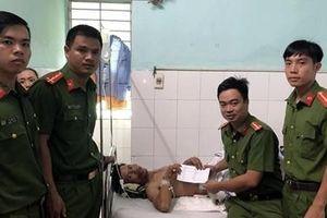 Cảnh Sát PCCC Đà Nẵng hỗ trợ người công nhân bị tai nạn lao động