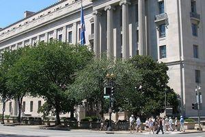 Cán bộ tình báo quốc phòng Mỹ bị bắt vì tuồn tin tuyệt mật cho nhà báo