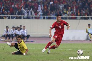Việt Nam vs Malaysia: HLV Park Hang Seo lần thứ ba hạ Tan Cheng Hoe