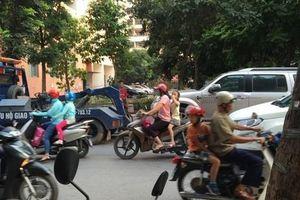 Tiết lộ những bất thường khi công an cẩu xe vi phạm ở Hà Nội