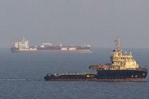 Trung Đông lại dậy sóng khi tàu dầu Iran bị tấn công