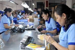 Bộ luật Lao động sửa đổi: Tăng tính khả thi của chính sách dành cho lao động nữ