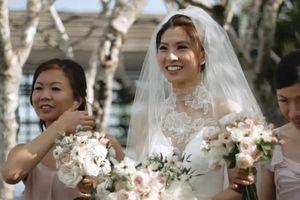 Đôi trẻ Trung Quốc lên báo quốc tế vì chi 44.000 USD cho váy cưới