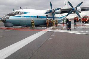 Máy bay quân sự Nga thoát nạn dù hạ cánh bằng bụng