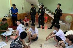Quảng Bình: Hàng trăm chiến sĩ đột kích điểm 'tín dụng đen' khiến 500 nạn nhân sập bẫy