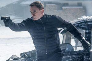 Đoàn phim James Bond làm căn cứ không quân Anh náo loạn, 400 người sơ tán