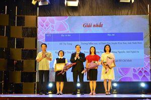 Trao giải thưởng đợt I cuộc thi trắc nghiệm 'Tìm hiểu 90 năm lịch sử vẻ vang của Đảng cộng sản Việt Nam' trên mạng xã hội VCNET