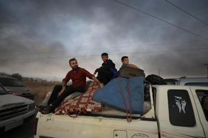 Thổ Nhĩ Kỳ tấn công Syria: Hàng ngàn người Kurd phải sơ tán