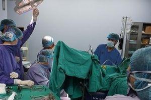 Tự chữa trĩ bằng thuốc nam, nữ bệnh nhân nhập viện cấp cứu