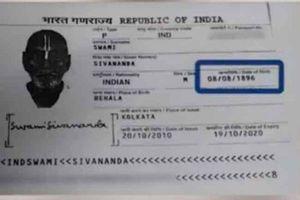 Trình hộ chiếu, cụ ông Ấn Độ khiến nhân viên sân bay choáng váng