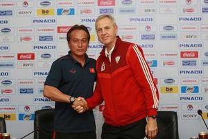 U22 Việt Nam và U23 UAE đã sẵn sàng cho cuộc 'thử lửa' tại Thống Nhất