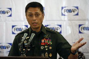 Tướng Philippines tiết lộ lý do chưa mua vũ khí Trung Quốc