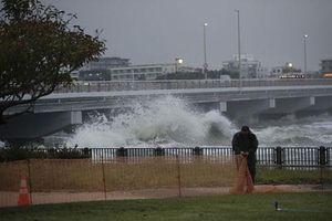 Nhật Bản đối phó với siêu bão Hagibis
