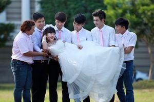 Hàng triệu đàn ông Việt Nam có nguy cơ 'ế vợ'