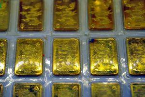 Giá vàng trong tuần: Giằng co quanh mốc 42 triệu đồng/lượng