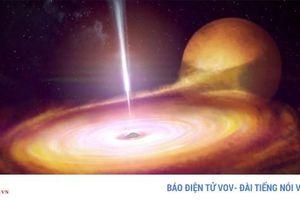 Hình ảnh lóe sáng hơn cả Mặt Trời ở 'trái tim' của hố đen