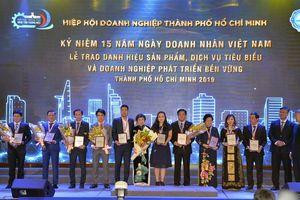 Tôn vinh 108 DN đạt danh hiệu 'Sản phẩm, dịch vụ tiêu biểu TP HCM'