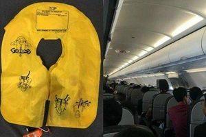 Nữ hành khách trộm áo phao trên máy bay bị phạt 8,5 triệu đồng
