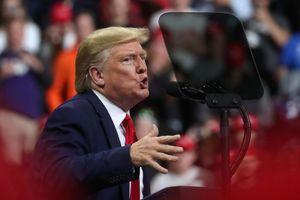Nhân vật giấu mặt có thể thực sự khiến ông Trump bị luận tội là ai?