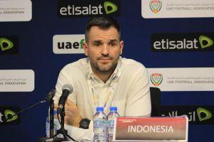 HLV Indonesia trả lời họp báo trước trận gặp tuyển Việt Nam