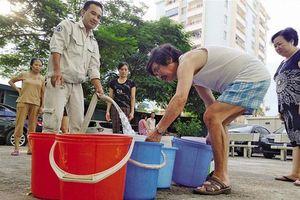 Vụ nước sạch Sông Đà bốc mùi khó chịu: Tiếp tục lấy mẫu xét nghiệm lần 2
