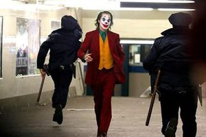 'Joker' giữ vững ngôi 'Vua phòng vé' Bắc Mỹ
