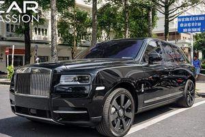 Xe Rolls-Royce Cullinan hơn 40 tỷ lăn bánh tại Sài Gòn