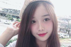 Đâu chỉ có xinh, bạn gái Văn Toàn còn cực 'gắt' trước dân mạng