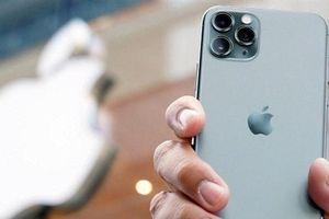Bất chấp việc đã đa dạng hóa ra các sản phẩm khác, iPhone vẫn là 'át chủ bài' của Apple