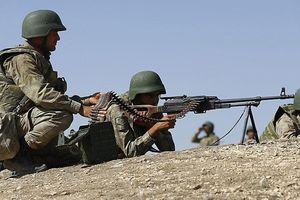 Thổ Nhĩ Kỳ tấn công trúng phái đoàn người Kurd ở Syria, gần 90 người thương vong