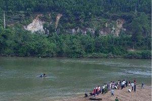 Đi tắm sông, 3 học sinh ở Hà Tĩnh đuối nước thương tâm