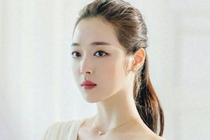 Sulli - Nữ ca sĩ Hàn Quốc đình đám qua đời ở tuổi 25