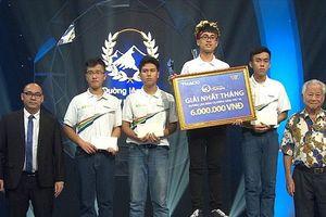 Nam sinh Hà Nội xuất sắc giành vòng nguyệt quế sau màn tranh tài kịch tính, phân định thắng thua bằng câu hỏi phụ tại Đường lên đỉnh Olympia