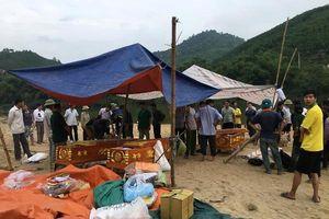 Hà Tĩnh: Phát hiện 3 thi thể học sinh đuối nước trên sông Ngàn Sâu