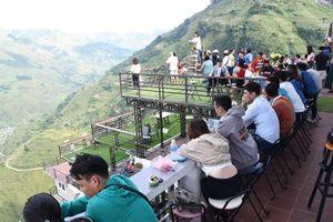 Công trình Panorama trên đỉnh Mã Pì Lèng bị đình chỉ hoạt động kinh doanh