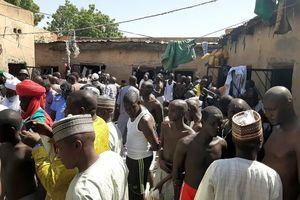 Cảnh sát Nigeria giải cứu hàng trăm học sinh khỏi 'trường học tra tấn'